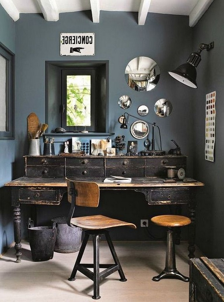 20 Awesome Vintage Home Office Designs